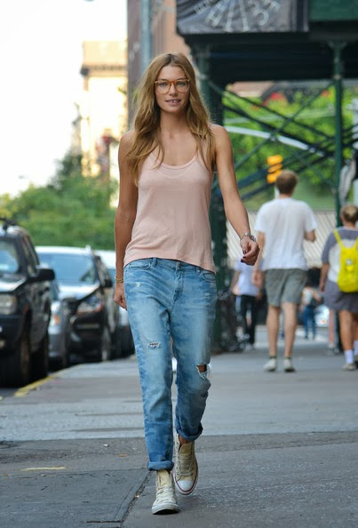 What Shoes To Pair With Your Boyfriend Jeans